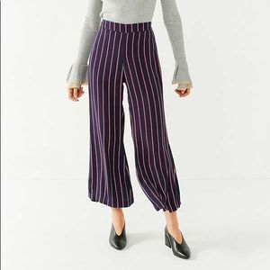 URBAN OUTFITTERS STRIPES PANTS